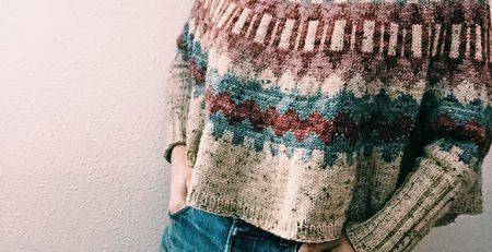 Casaco tricot c print nas cotoveleiras